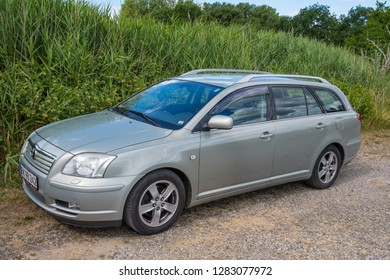 Toyota Avensis Images, Stock Photos & Vectors | Shutterstock