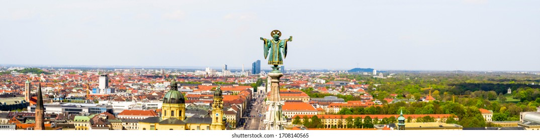 Awesome view over the Munich Skyline