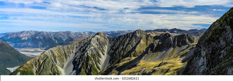 Awesome walking and hiking on Avalanche Peak, Scotts Track in Arthurs Pass, Canterbury, South Island New Zeland