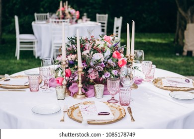 Awesome wedding table decoration and wedding flowers