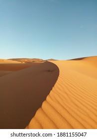 Awsome dunes from algerian desert