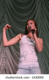 """Ayla Brown, Kiss 108 """"Kiss Concert""""  May 20th, 2006, Tweeter Center, Mansfield, MA"""