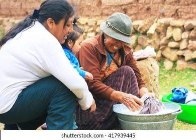 Aymara family - daily routine