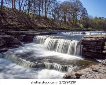 Aysgarth Falls, Wensledale, Yorkshire Dales, Yorkshire, UK