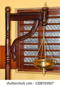 Ayurveda, device for the procedure Shirodhara in Kerala, Kochi