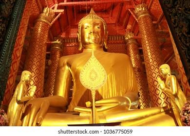 Ayuthaya, Thailand – February 1 2018: The huge Buddha Statue called Luang Pho Tho, Thai people worship Buddha temple at the city of Ayuthaya