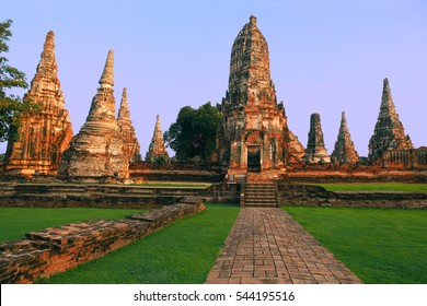 Ayutthaya, Thailand Ancient Temple - wat chaiwatthanaram