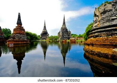 AYUTTHAYA, THAILAND - OCTOBER 17: flooded Historical Temple in Ayutthaya, during the monsoon season Thailand on October 17, 2011.