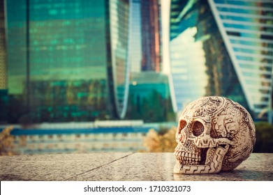 aztec skull at the skyscrappers