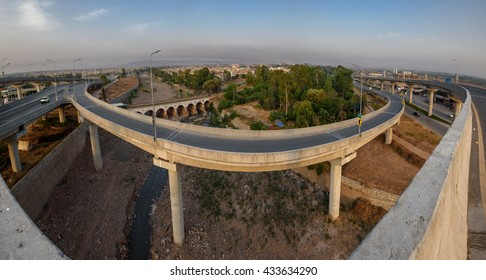 Bab e Peshawar is a fly over in Peshawar Pakistan which is the country's second multi level flyover