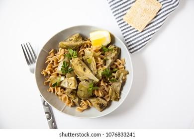 Baby artichokes with pasta