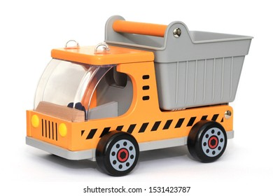 Baby or child wooden construction dumper / tipper truck toy