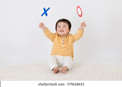 Baby, circle, cross, correct, incorrect,