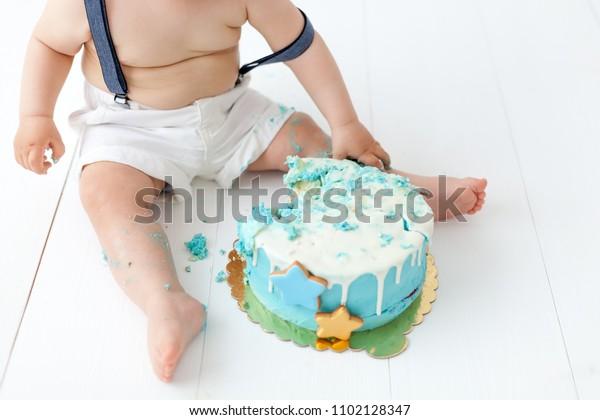 Peachy Baby Crash Birthday Cake White Dirty Stockfoto Nu Bewerken Birthday Cards Printable Inklcafe Filternl