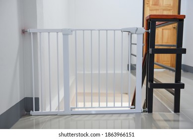 Baby gate safety door, white fence for safety children on stairs or dog gate