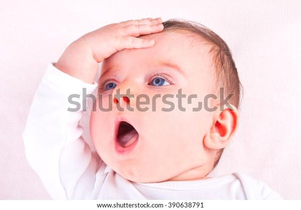 baby-girl-600w-390638791.jpg