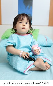 Baby have diarrhea with saline intravenous (iv)