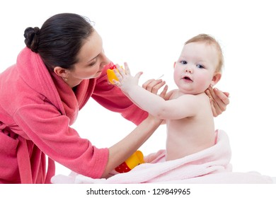 baby hygiene  after bathing