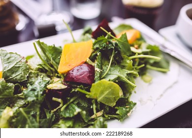 Baby kale and beets salad