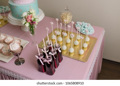 Baby pink / baby blue - sweet table