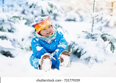 9eb6ef6c57fa Toddlers In Snow Stock Photos