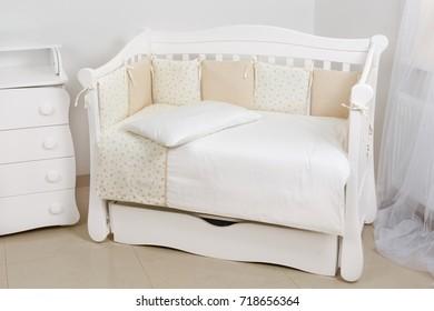 Baby room bedding crib