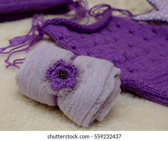 baby set for newborn photo shoots with textile stars purple