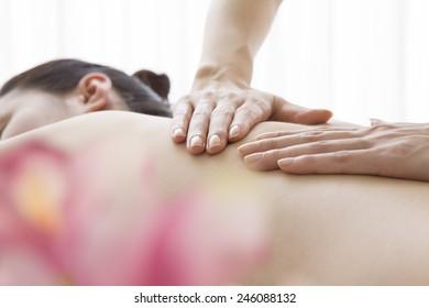 Back of aroma oil massage