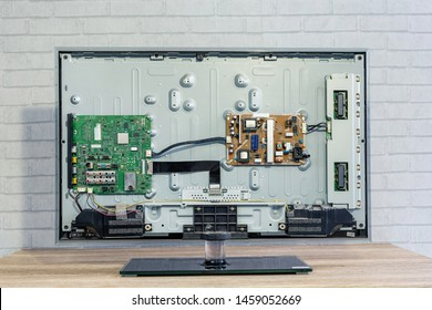 Circuit Board of Television Images, Stock Photos & Vectors