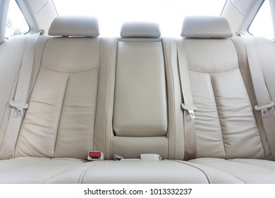 911 bodies in seats - 390×280