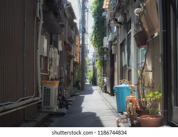Backalley in Tokyo.