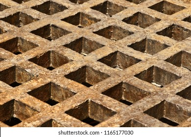 Background made of rusty metal lattice grunge