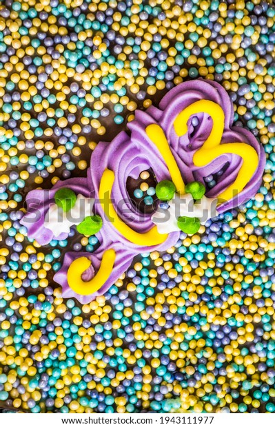 background-multicolored-pastry-decoratio