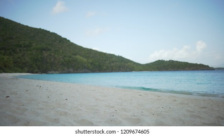 Background Plate of Caribbean ocean and the white sands for green screen