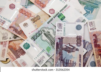 Background of Russian money