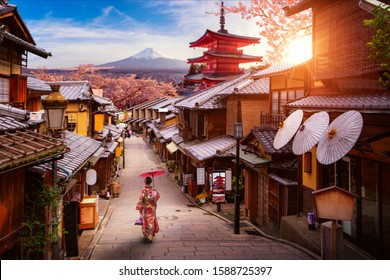 Backgroung concept for Japan, tokyo and kyoto image with Cherry blossom season , this image can use for travel, Sakura, tour, asia, Gion and Yasaka concept