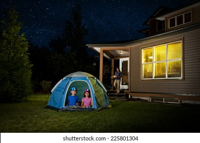 a backyard campout / for excited little kids / with help from mommy