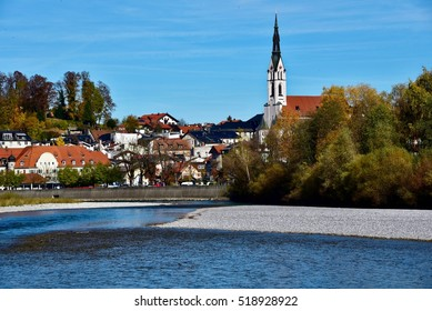 Bad Toelz, in the foreground the Isar, Germany
