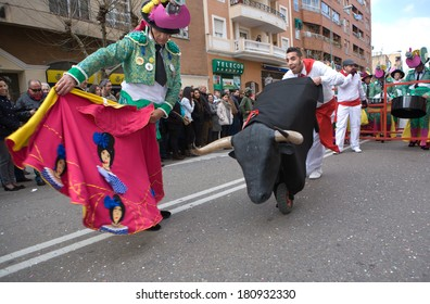 BADAJOZ, SPAIN, MARCH 4: Performers dressed up as bullfighters take part in the Carnival parade of comparsas at Badajoz City, on March 4, 2014