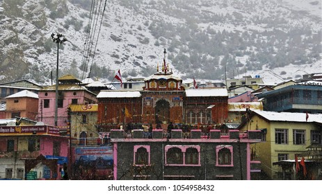 Badrinath Dham in winter