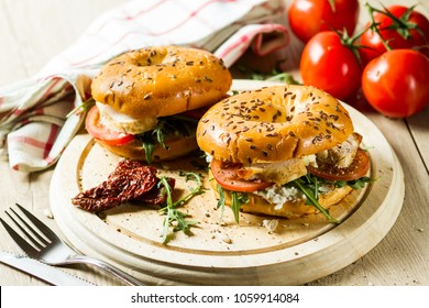 Bagel with chicken and cream cheese
