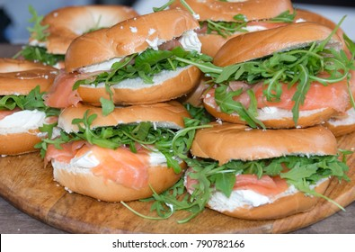 Bagels with Smoked Salmon, Cream Cheese and Roacket