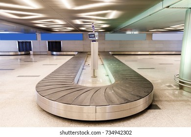 Baggage conveyor belt at the airport.