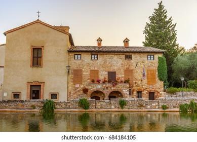 Bagno Vignoni Images, Stock Photos & Vectors | Shutterstock