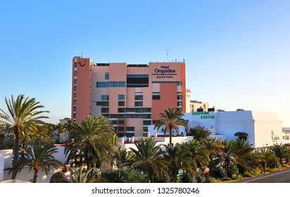 Bahia Feliz,Gran Canaria,02.03.2019.View of the hotel Orquidea building. It's a TUI Family Life hotel, which means top kids' clubs and child-friendly shows.