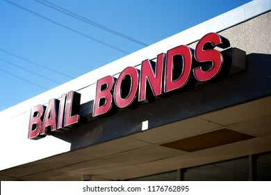 bail-bonds-store-sign-shopping-260nw-117