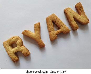 baked biscuits with shape of letters forming the name Ryan