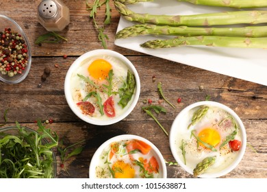 baked egg with asparagus