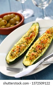 baked vegetarian zucchini boats, courgette farcie