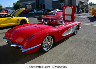 BAKERSFIELD,CA - SEPTEMBER 1, 2019: A nicely preserved 1962 Chevrolet Corvette is on display today at the Hot Rods, Burgers & Beers event.